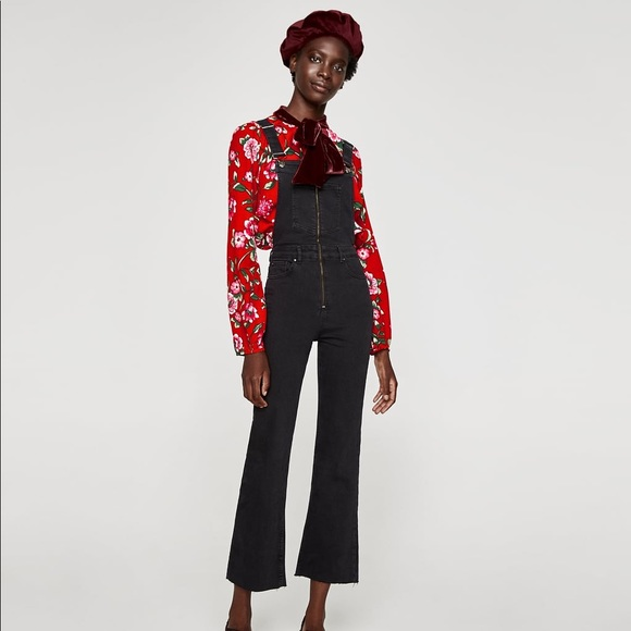 f6181352bb2a NWT Zara Front Zip Black Denim Overalls Jumpsuit
